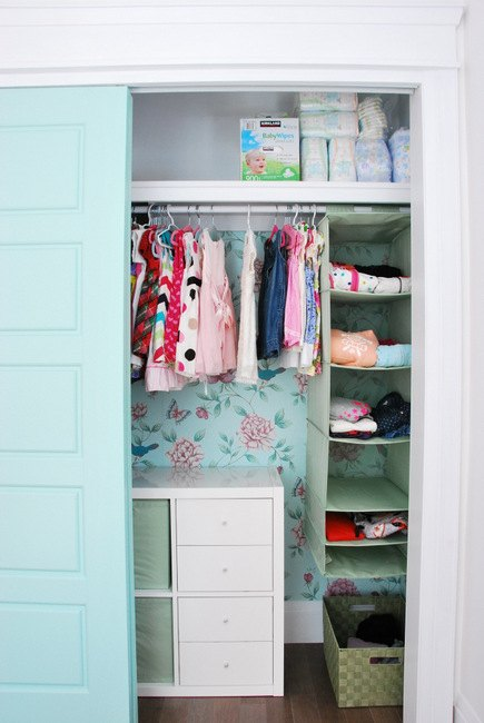 s 10 sweet projects every parent can do for their child no candy includ, Redecorate Your Child s Closet By Color