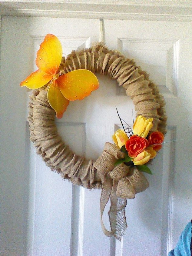 s 13 enjoyable burlap wreaths that ll make you smile when you see them, Wrap A Pool Noodle In Burlap