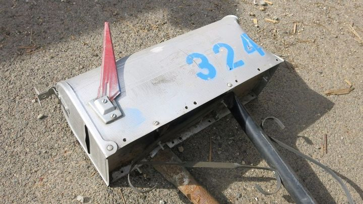 mailbox upcycle garden tool storage