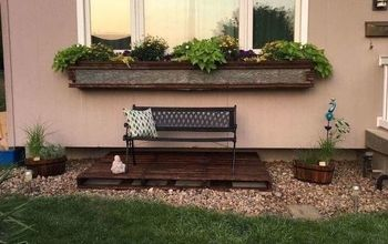 Pallets & Old Wood - Bringing New Life to a Boring Spot in the Yard