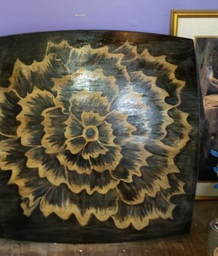 s 11 fascinating spit table makeovers your home needs right now, Freehand A Vibrant Flower