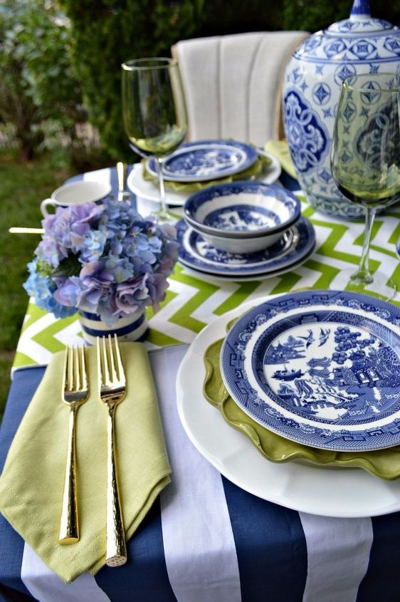 blue and green summer tablescape