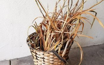 How to Make a Plant Stand From an Old Basket