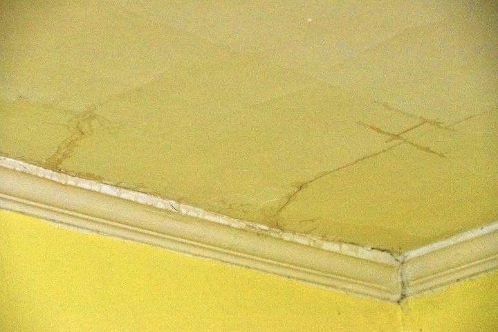 q ceiling leak
