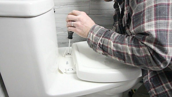 how to install a toilet in 1 hour or less