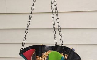 upcycle an old record into a beautiful bird feeder