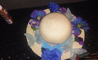 dollar store straw hat wreath