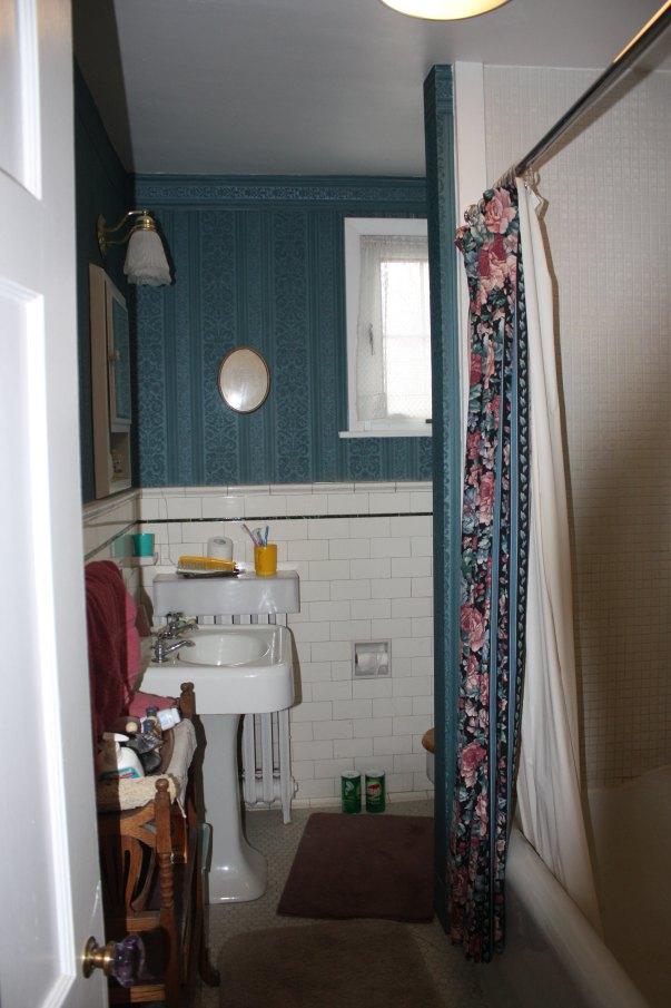 tile paint colorsDingy Bathroom Tile Paint It  Hometalk