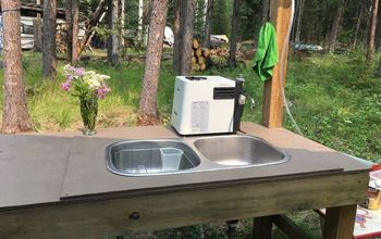 Paint Your Outdoor Wash Table