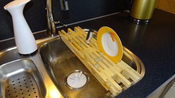 really a dish rack from slat bed frames