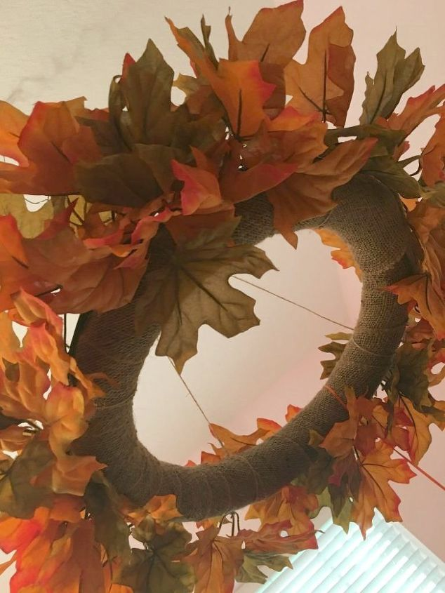 falling leaves light up wreath