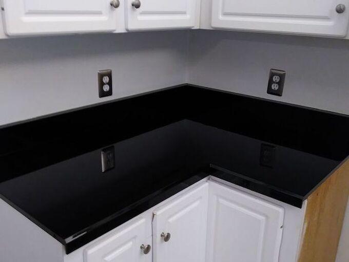 spray paint glaze kitchen counter make over, Ta Da