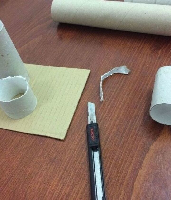 desk organizer from toilet paper rolls