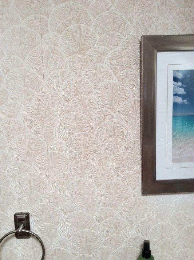 q wallpaper in bathroom needs help
