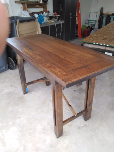 cabin table with folding legs