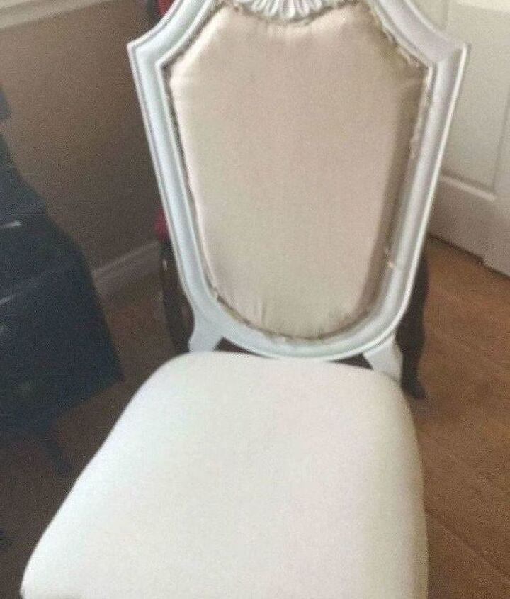 table and chair nightmare