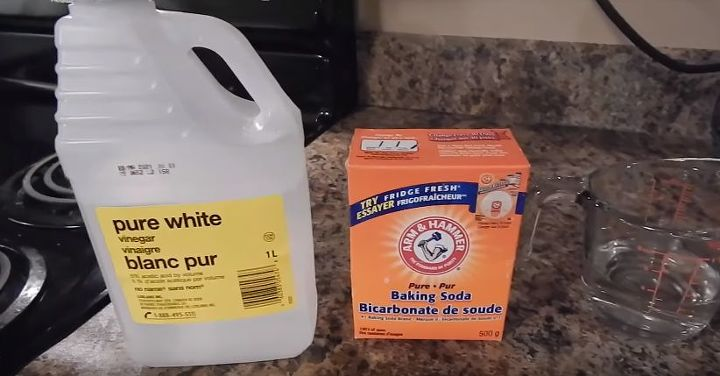 How To Clean Your Oven With Baking Soda & Vinegar! | Hometalk