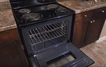 HOW TO CLEAN YOUR OVEN WITH BAKING SODA & VINEGAR!