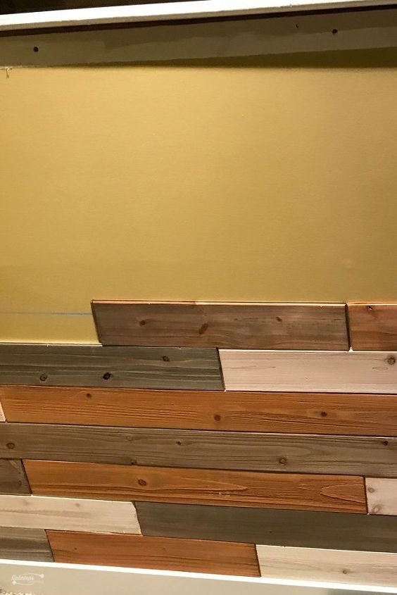 How To Make A Diy Reclaimed Wood Wall