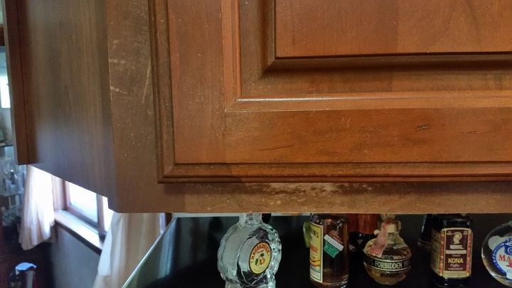 How can I fix the peeling lacquer clear coat on my kitchen ...