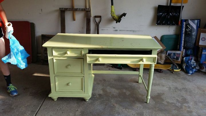 desk makeover with mineral fusion paint and ink transfer