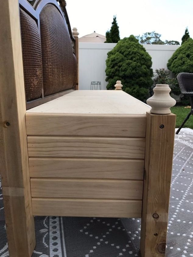 how to repurpose a bed to a bench