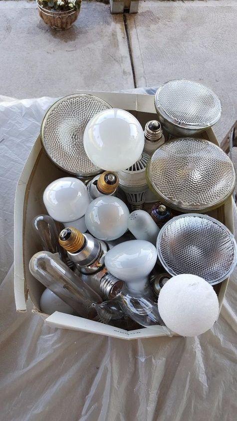 Light Bulb Centerpiece   Hometalk