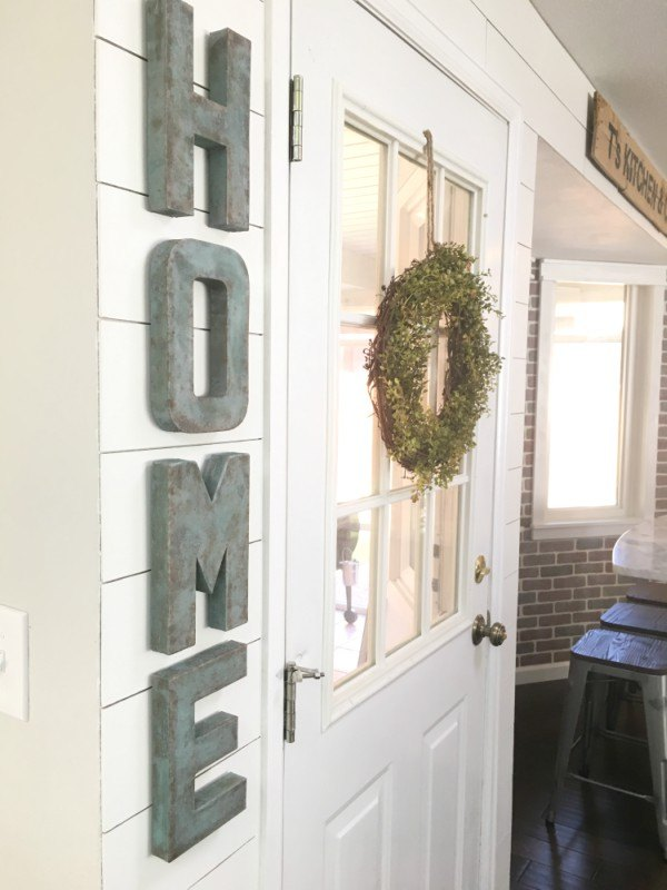 diy faux galvanized patina letters using acrylic paint