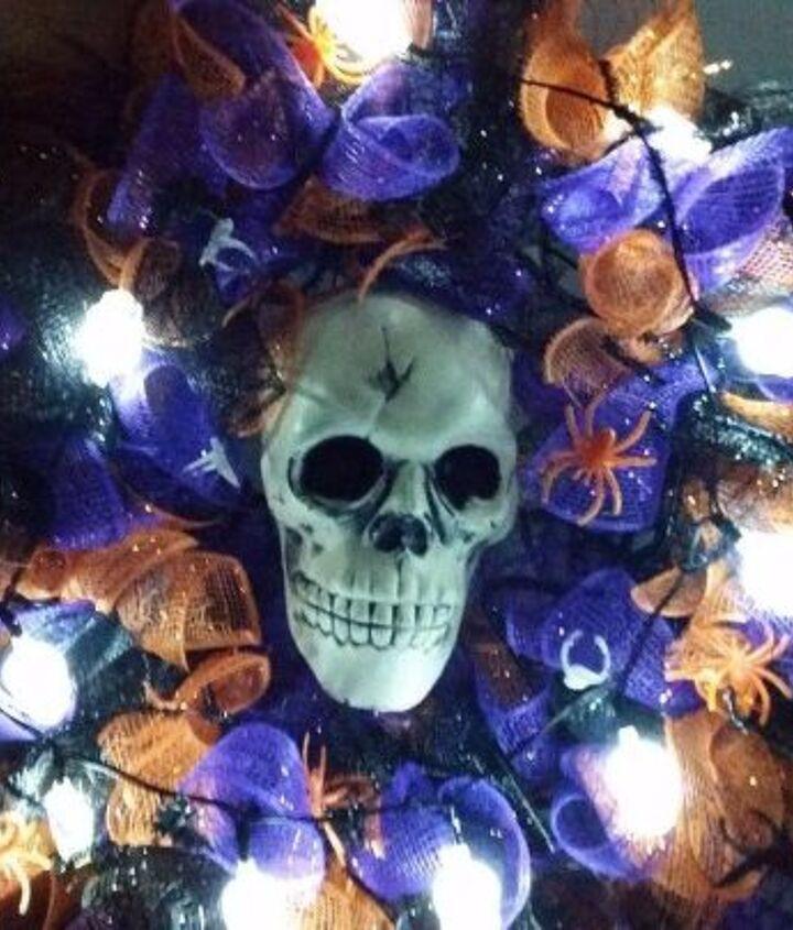 a scary wreath for under 10 wa ha ha