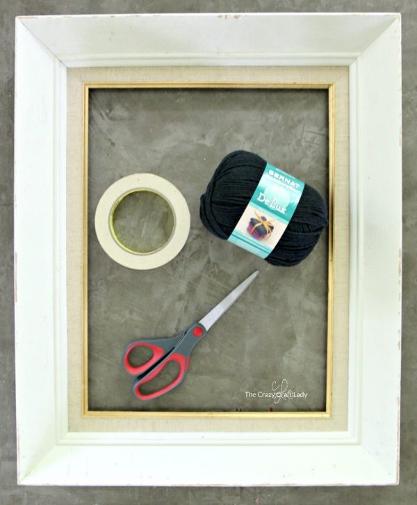 0cdfca6598a4 How to Make a Spider Web Picture Frame