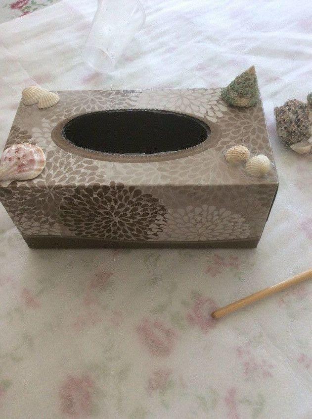 diy flower vase from a tissue box