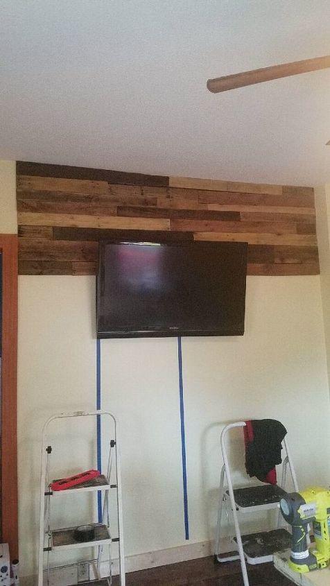 DIY Rustic Pallet Wall | Hometalk