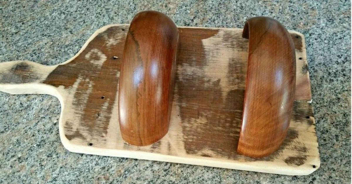 Transform Old Cutting Boards Into These 12 Nifty Items