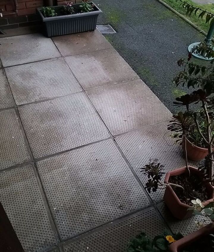 q what is the best way to clean a patio made up of concrete slabs