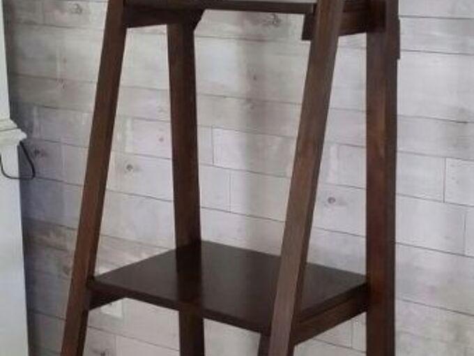 how to create diy ladder shelf display