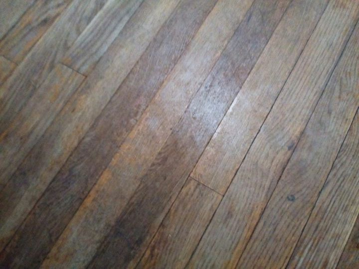 q what is the best method for sealing hardwood floors