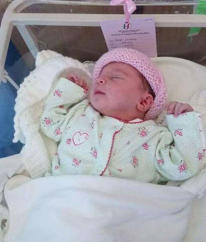 Eabha Jane. Born September 25th.