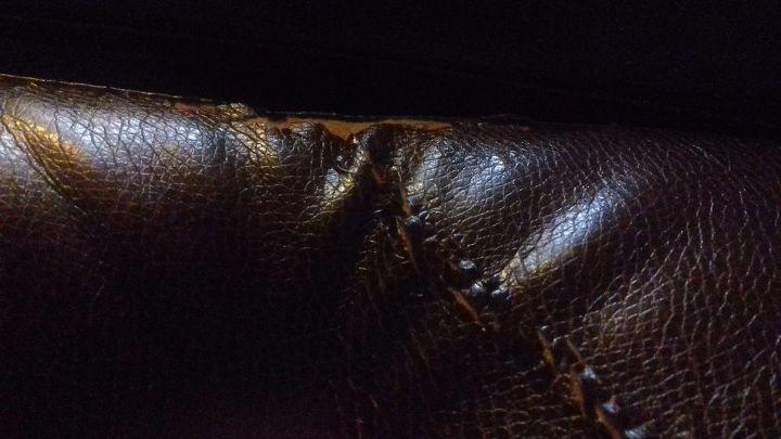 q leather sofa