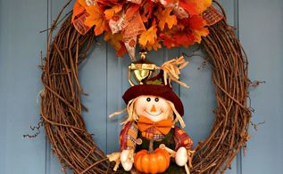 a little scarecrow with a gift