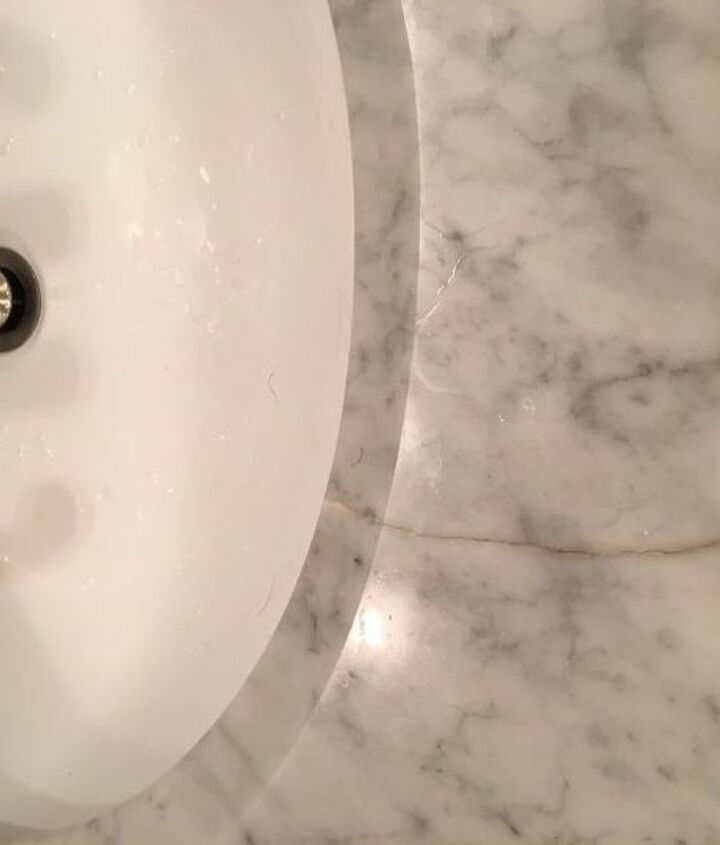 q any idea to fix this crack on the vanity countertop