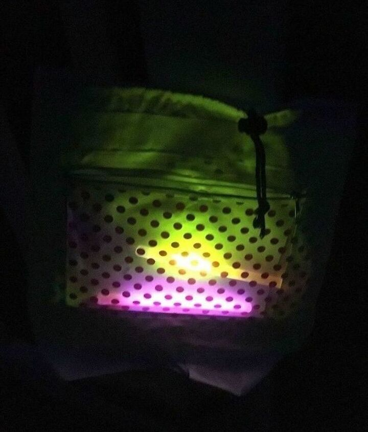 glow in the dark trick or treat bags