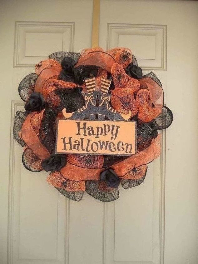 Another DIY With Dollar Tree Items , My First Halloween Mesh