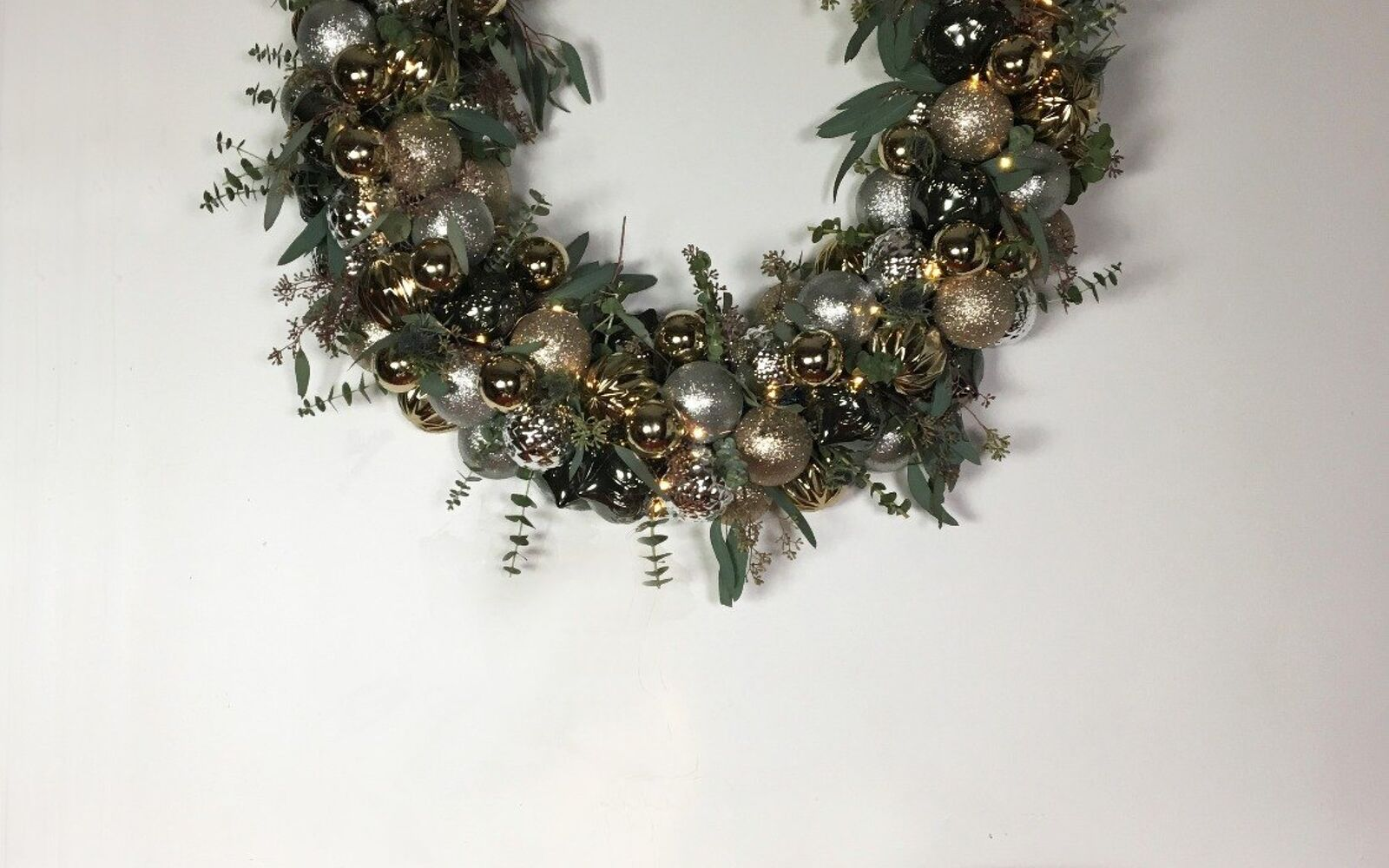 s 3 wreath ideas to brighten up your front door, Step 8 Hang it on your wall