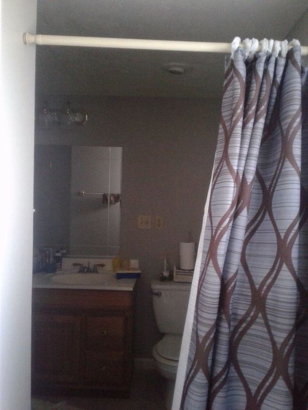q how to divide the entrance of my bathroom from the toilet area