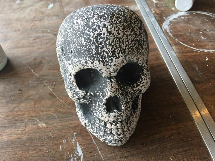 simple and unique halloween skull vase that will impress