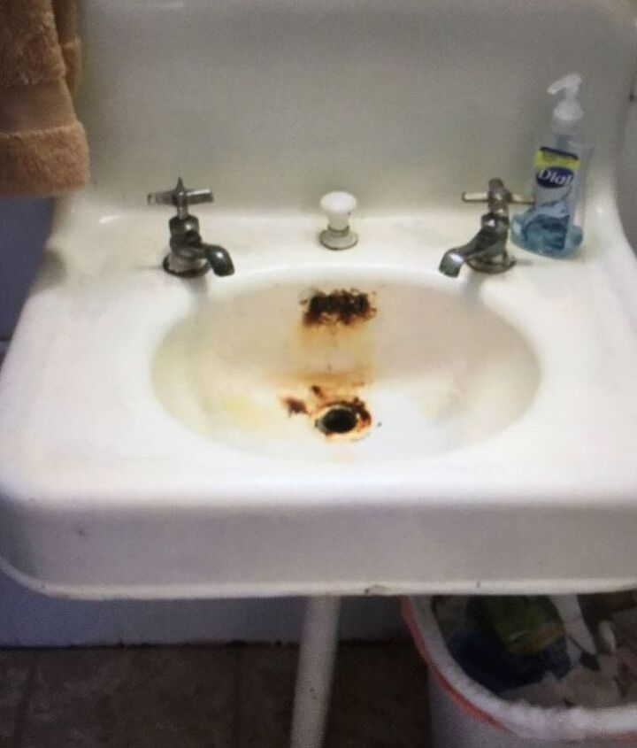 q remove rust from an antique sink
