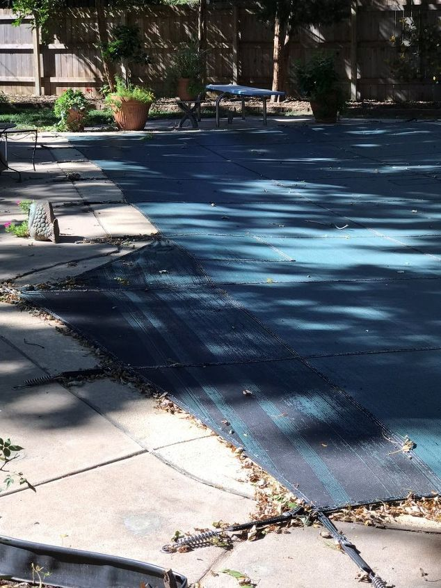 q repair the cracked rubber plastic between pool coping and sidewalk