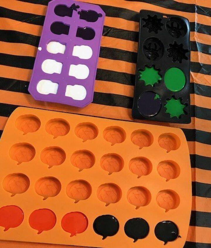 diy halloween shaped crayons