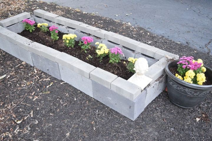How To Use 12 Cinder Blocks To Make Your Front Yard Beautiful Diy All In One