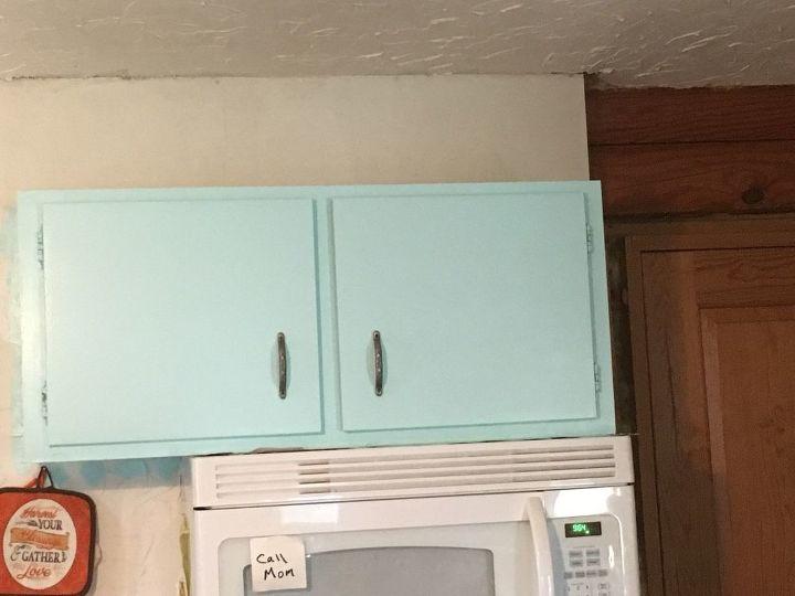 q inexpensive way to redo kitchen countertop